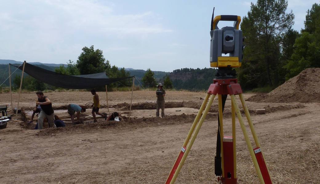 Experimenting with the data, the first steps taken with the total station at the site